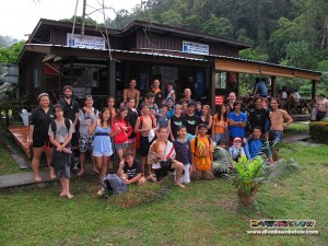 The student group from Wild Borneo Expeditions