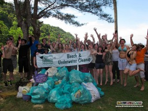 University of Glamorgan with their big pile of rubbish collected from Gaya Island, Kota Kinabalu, Sabah