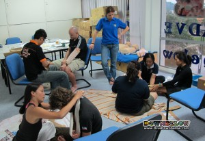 Interns in Kota Kinabalu do Emergency First Response Course