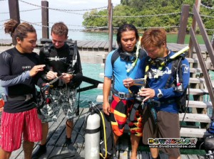 Candidates ready for confined & openwater assignments, before two academic presentations