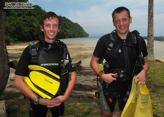 Divemaster Dan on the right with IDC Intern Paul on the left