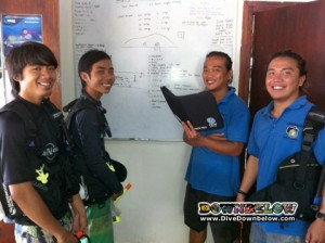 From left to right Victor, Jerry, Jeff (all three are local Divemaster interns) and Assistant Base Leader and Master Scuba Diver Trainer Bob