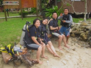 Bob's PADI Open Water Scuba Diving students ready for their first session