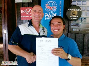 PADI Course Director Richard congratulates Downbelow's PADI IDC Staff Instructor, Alvin Young