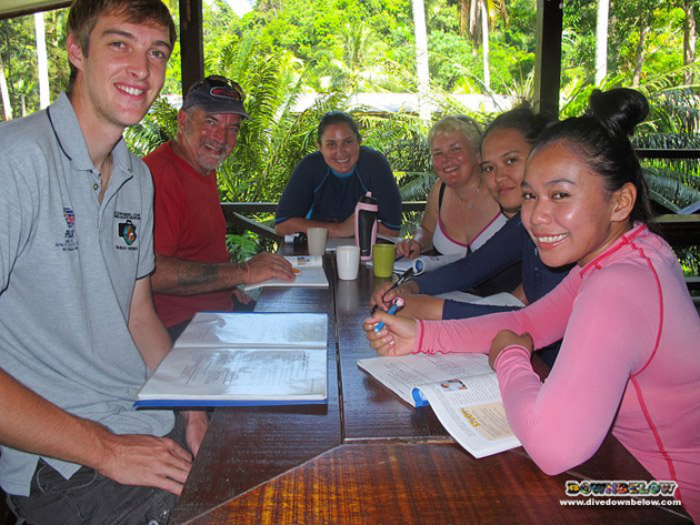 Soon-to-be Divemaster Interns kicking things off with their PADI Rescue Diver course