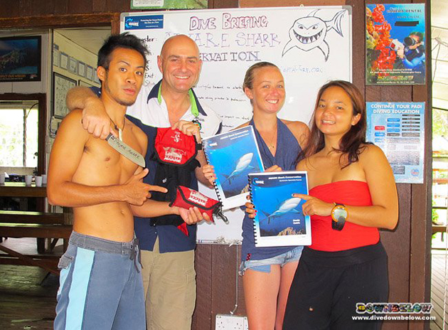 The 3 new AWARE Shark Conservation Speciality Instructors with resident PADI Course Director Richard Swann