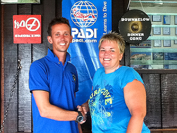 Paul on the left with brand new PADI Divemaster Linda on the right. Congrats!