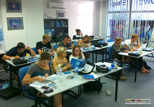 Class of Sep '12 - IDC Prep is underwater and future OWSI are intensely at work