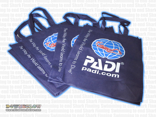 Buy these PADI branded shopping bags to show your support for the Finathon and action against shark finning