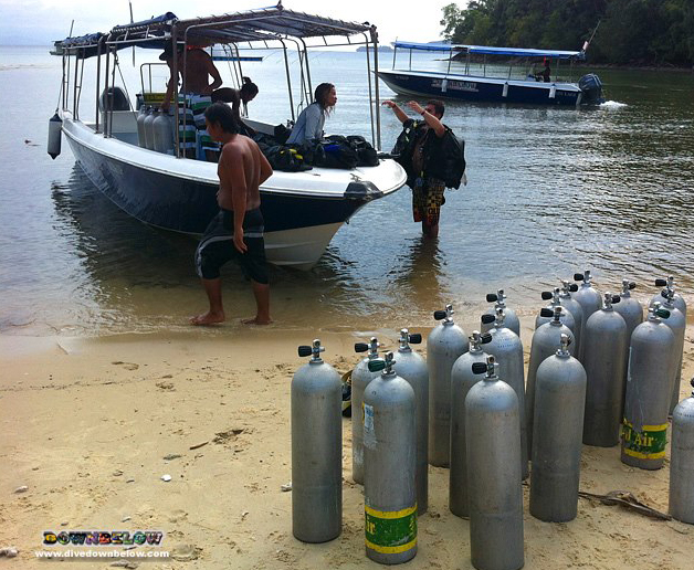 High Tide at Downbelow's Dive Centre helps the unloading faster!