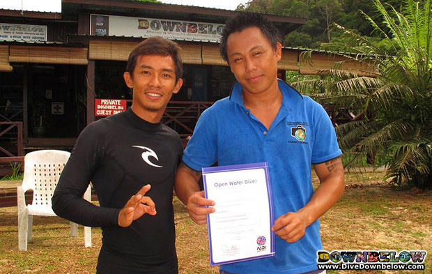 local sabahan intern passed open water in borneo