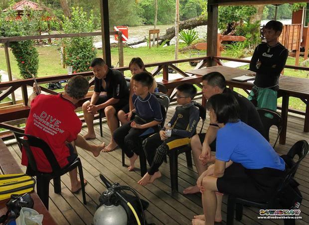 discover scuba diving borneo