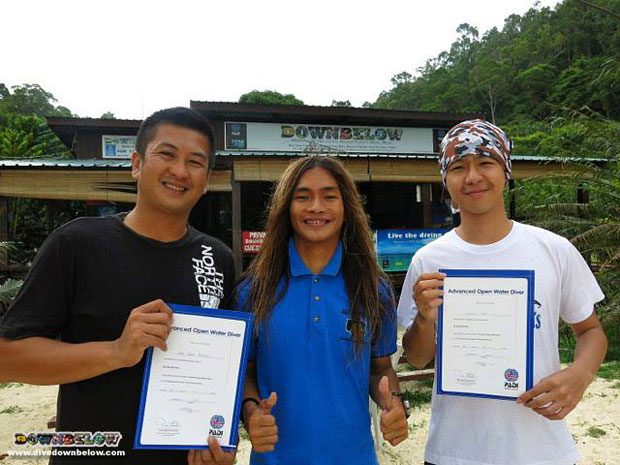 downbelow-staff-advanced-open-water-borneo