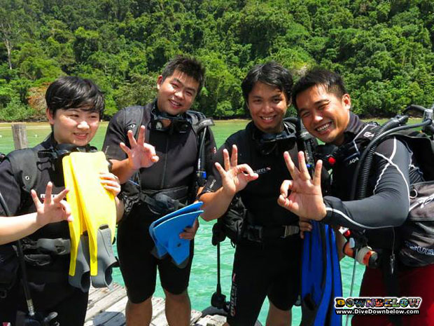 Elvis spotted diving in Borneo