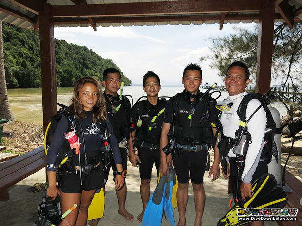 sabah-forestry-staff-went-diving-borneo