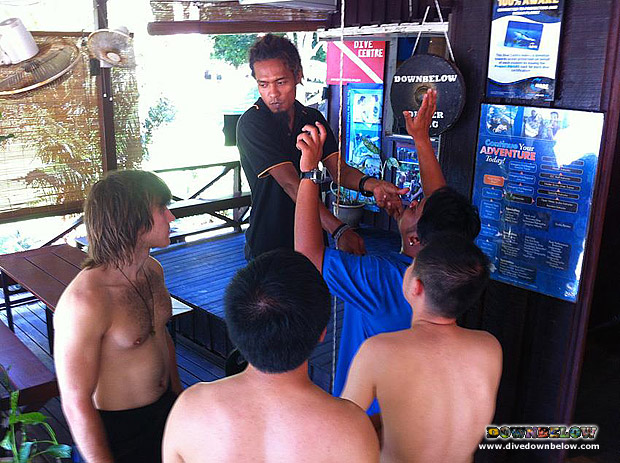 Diving Courses Full Attention