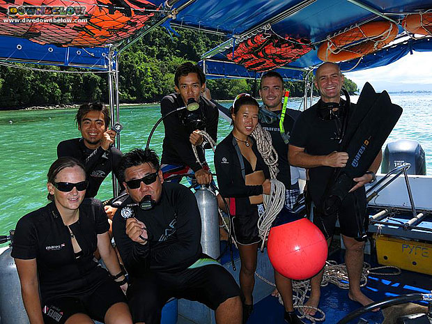 learn deep diving in borneo with new instructors