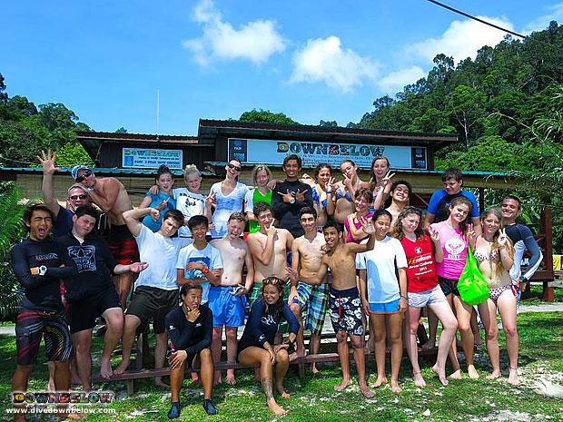 snorkeling in gaya island