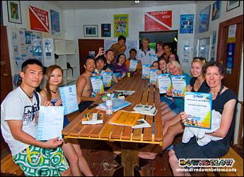 Lots of ordinary people discovers Scuba everyday with Downbelow on Gaya Island
