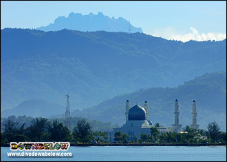 Kota Kinabalu's State Mosque, a.k.a the Floating Mosque with Mt. Kinabalu in the background