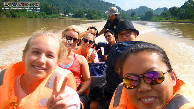 Expedition Borneo cruise Kinabatangan River!